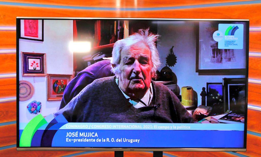 """Video: José """"Pepe"""" Mujica, dijo que el cooperativismo es la alternativa a la """"brutal concentración de capital""""Congreso Internacional Coninagro 2021"""